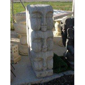 Los tres dioses de piedra
