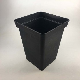 Maceta cuadrada 18X18 negra