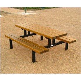 Mesa picnic en madera tropical