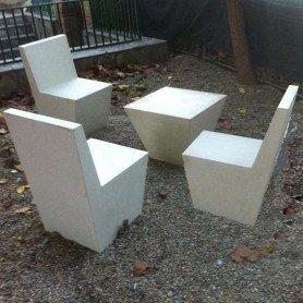 Conjunto mesas y sillas modelo Buxo