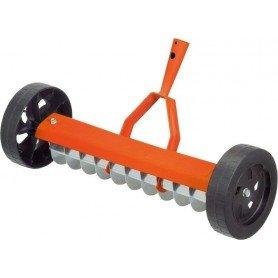 Rastrillo aireador con ruedas Stocker