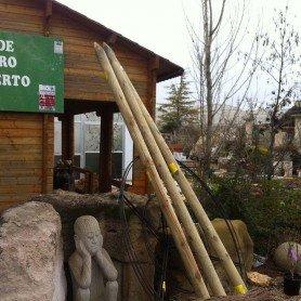 Tutor de madera para sombrilla con punta 300x10